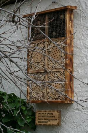 """Bild """"Tagebuch 2012-05-12 Insektenhotel.jpg"""""""